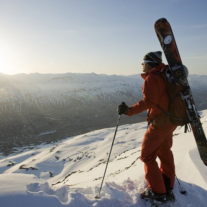 Backmountain Skiing