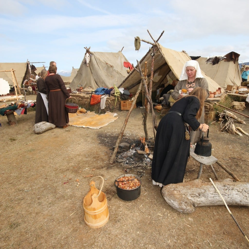 culture of iceland The culture of iceland is rich and varied as well as being known for its literary heritage which began in the 12th century other icelandic traditional arts include weaving, silversmithing, and wood carving.